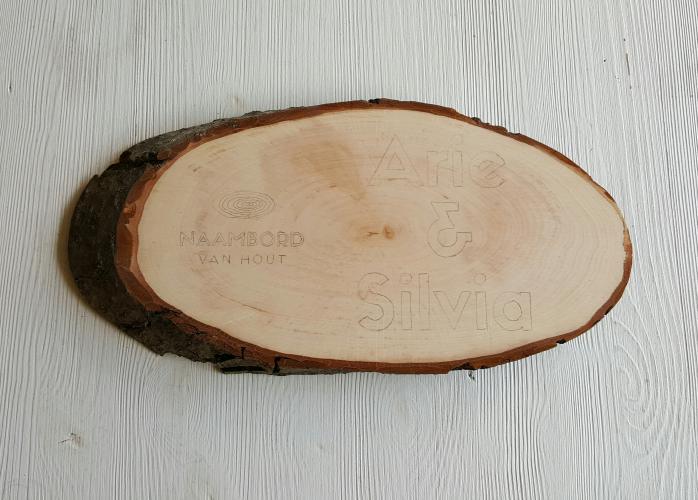 Naambord van hout schets