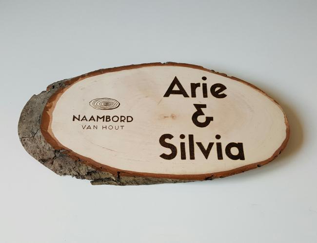naambord van hout zonder beits